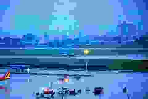 """Máy bay """"bay vòng vòng"""" không phải vì sân bay Tân Sơn Nhất ngập (!?)"""