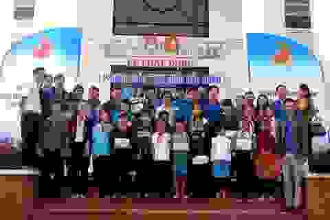 """Phong trào """"Em nuôi của Đoàn"""" nâng cánh ước mơ cho học sinh nghèo"""