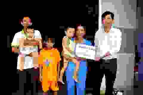 Hơn 38 triệu đồng tiếp tục được trao đến chị Trần Thị Lệ