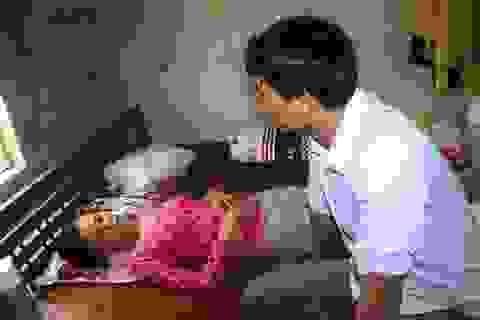 Bị suy thận giai đoạn cuối, cô giáo trẻ cơ cực duy trì sự sống nơi bệnh viện