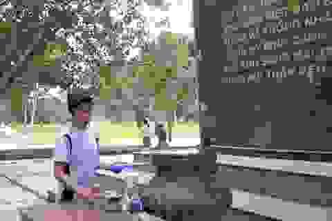 """Người """"lao công không lương"""" ở Thành cổ Quảng Trị"""