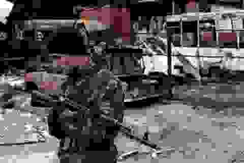 Giao tranh bùng phát ở miền Đông Ukraine sau bầu cử