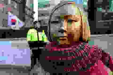 """Nhật Bản đề nghị Hàn Quốc dỡ bỏ tượng """"nhạy cảm"""""""
