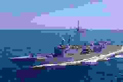 Trung Quốc tức tối vì Mỹ bán tàu chiến cho Đài Loan