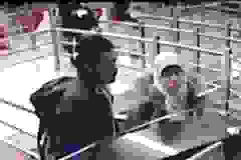 Thổ Nhĩ Kỳ công bố video bạn gái tay súng Pháp xuất hiện tại sân bay