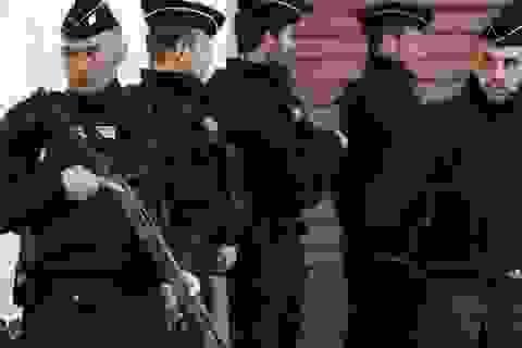 3 binh sĩ Pháp bị tấn công bằng dao