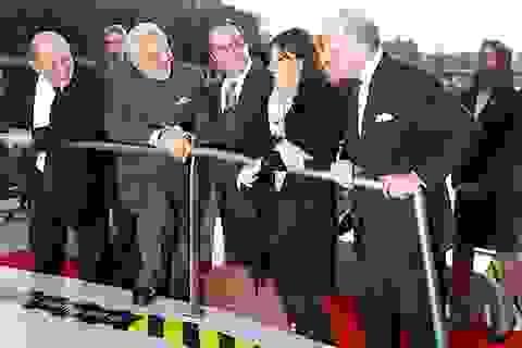 Thủ tướng Ấn Độ, Tổng thống Pháp đi thuyền ngắm sông Seine