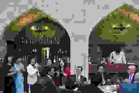 Cuộc hội ngộ xúc động của các cựu lưu học sinh Việt Nam tại Azerbaijan