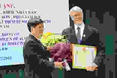 Cán bộ ngoại giao Hoa Kỳ được Bộ Y tế Việt Nam vinh danh