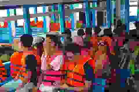 """Nha Trang: Du lịch biển, đảo vẫn """"hút"""" khách dịp Quốc khánh"""
