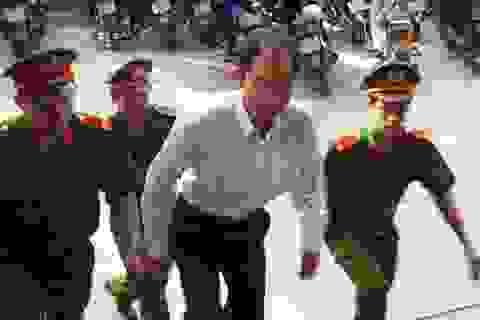 Đang lãnh 9 năm tù, cựu trưởng công an huyện bất ngờ được tại ngoại