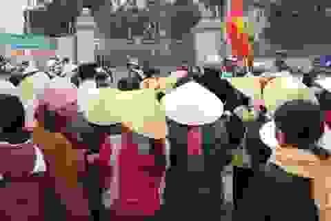 Vụ dân bao vây nhà máy phân bón: Yêu cầu di dời nhà máy