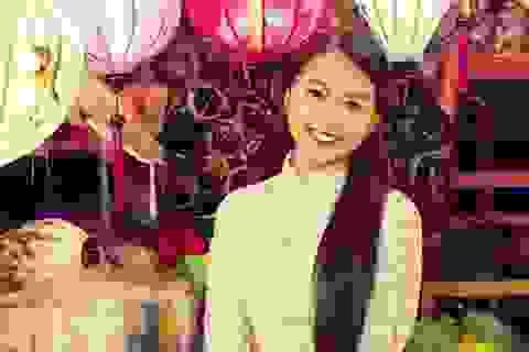Hotgirl Vietnam Idol dịu dàng giữa Hội An thơ mộng