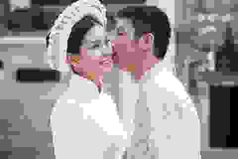 Diễm Trang mặc áo dài chụp ảnh cưới trên đường phố Ba Lan