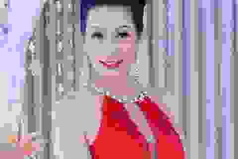 """Á hậu Trịnh Kim Chi: """"Tôi có một hậu phương vững chắc"""""""