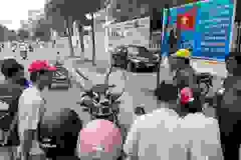 Sừng bò rừng, đầu sơn dương được bày bán công khai giữa phố?