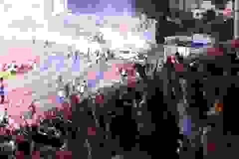 Tình yêu không chết của người hâm mộ với bóng đá Việt Nam