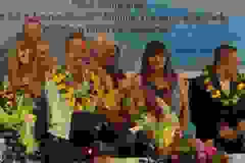 Nick Vujicic cầu nguyện cho hòa bình và công lý ở biển Đông