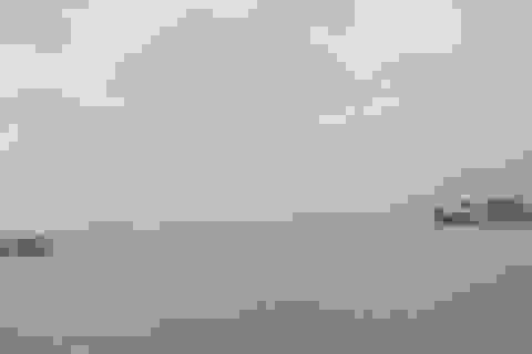 4 ngư dân sống sót may mắn sau 21 giờ bám phao trôi dạt trên biển