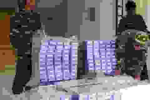 Bộ đội biên phòng An Giang liên tiếp bắt 4 vụ vận chuyển thuốc lá lậu