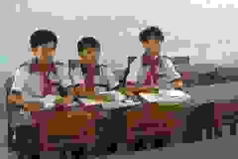 Sau Tết, hàng trăm học sinh vùng sâu chưa đến lớp…