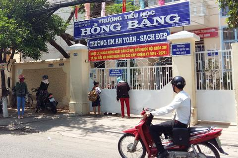Nắng hạn, học sinh Kiên Giang nghỉ hè sớm