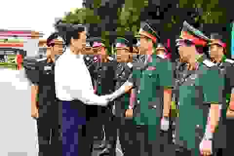 Thủ tướng: Chuẩn bị tốt cho chiến tranh tự vệ, bảo vệ tổ quốc