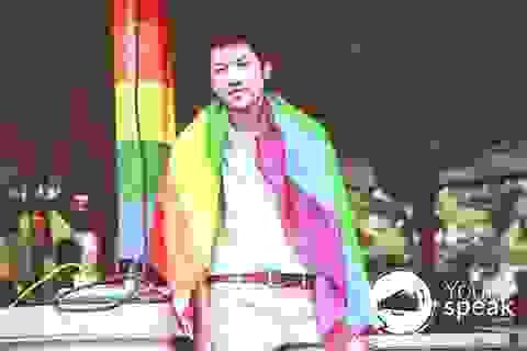 """Chàng trai đồng tính """"trúng cử"""" đại sứ Tiếng nói trẻ"""