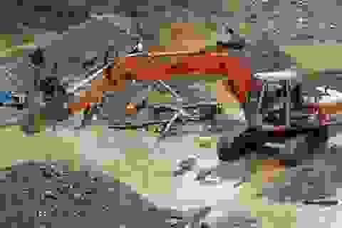 Khai khoáng tràn lan: Sẽ thêm nhiều dòng sông chết, nhiều làng ung thư?