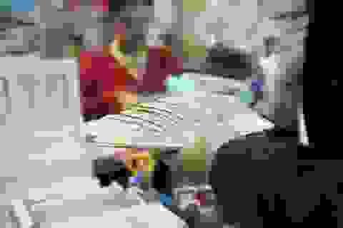 """Chạy đua lãi suất: Nợ xấu có thể """"xấu"""" trở lại"""