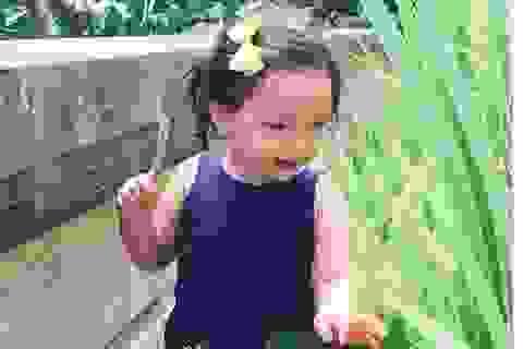 Vợ chồng Đoan Trang đưa con gái đi chơi