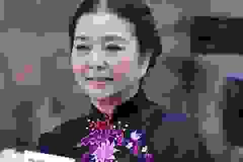 """""""Ni cô Huyền Trang"""": """"Tôi không bao giờ nghĩ mình già…"""""""