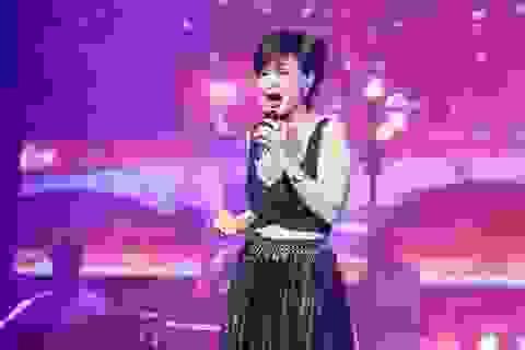 Quang Lê chữa thẹn vì quá mập, Khánh Hà diện đồ gợi cảm ở tuổi 64