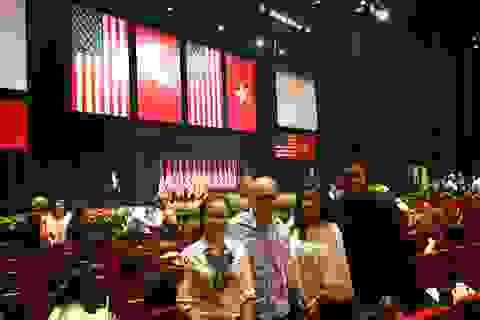 Sao Việt nghĩ gì sau khi nghe trực tiếp Tổng thống Obama nói chuyện?