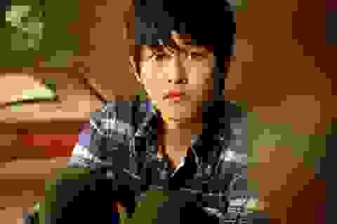 """Vì sao Song Joong Ki """"Hậu duệ mặt trời"""" lại được chọn vai """"người sói""""?"""