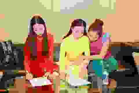 Cặp song sinh 9x gây chú ý tại buổi casting HH Bản sắc Việt
