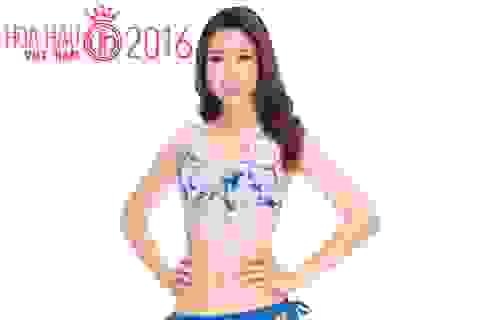 Người đẹp Hoa hậu Việt Nam tự tin khoe dáng với áo tắm