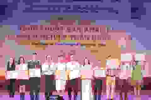 Trao 42 huy chương Vàng, 81 huy chương Bạc cho các nghệ sĩ chèo