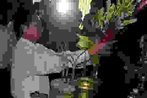 Thủ tướng dâng hương tưởng niệm Đại thi hào Nguyễn Du