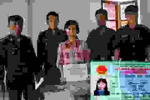 Bắt giữ một phụ nữ nhập cảnh trái phép mang theo tài liệu phản động
