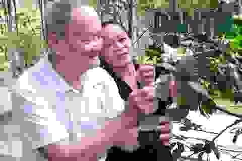 Cuộc tình đẹp của cụ ông 90 và người phụ nữ kém gần 40 tuổi