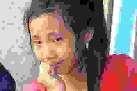 Bạn đọc Dân trí hỗ trợ toàn bộ tiền phẫu thuật chân cho bé Linh