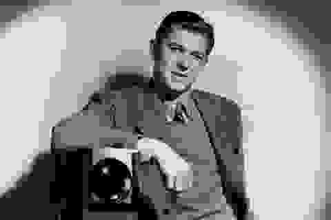 Làm phim, ra sách về cuộc đời phong lưu của Tổng thống Mỹ Reagan