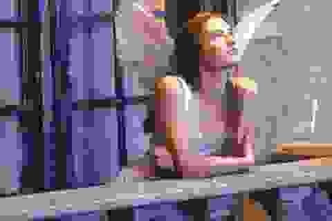 Hàng trăm lá thư và chìa khóa tình yêu trong tượng nàng Juliet ở Verona