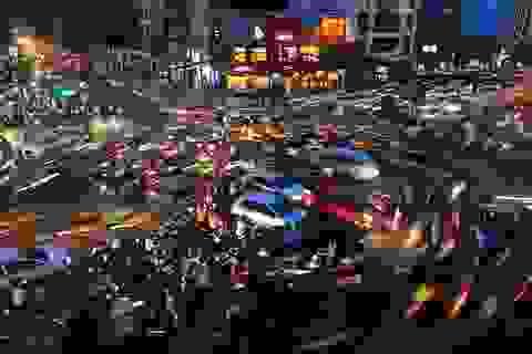 Ảnh tắc đường giờ tan tầm của Việt Nam đoạt giải quốc tế