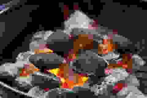 Sưởi ấm bằng than, đốt củi – nhiều rủi ro