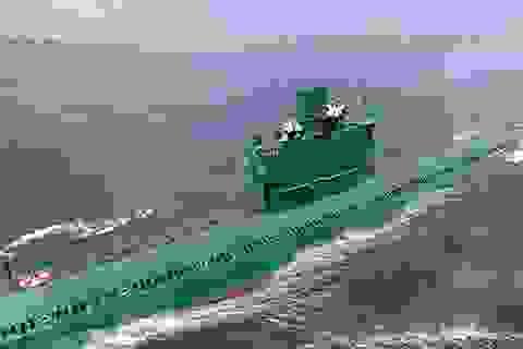 Tàu ngầm Triều Tiên hư hỏng nặng sau khi thử tên lửa