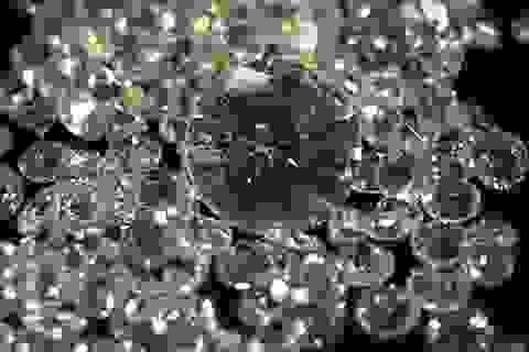 """10 triệu USD kim cương """"bốc hơi"""" khỏi tiệm kim hoàn ở New York"""