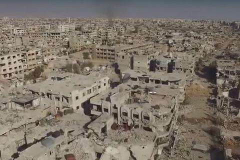Ngoại ô Damacus của Syria tan hoang vì chiến sự