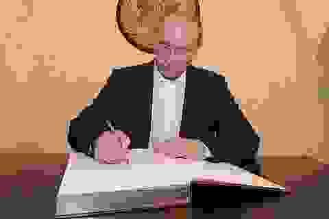 Giới chức Nga được tặng sách sưu tầm phát ngôn của ông Putin